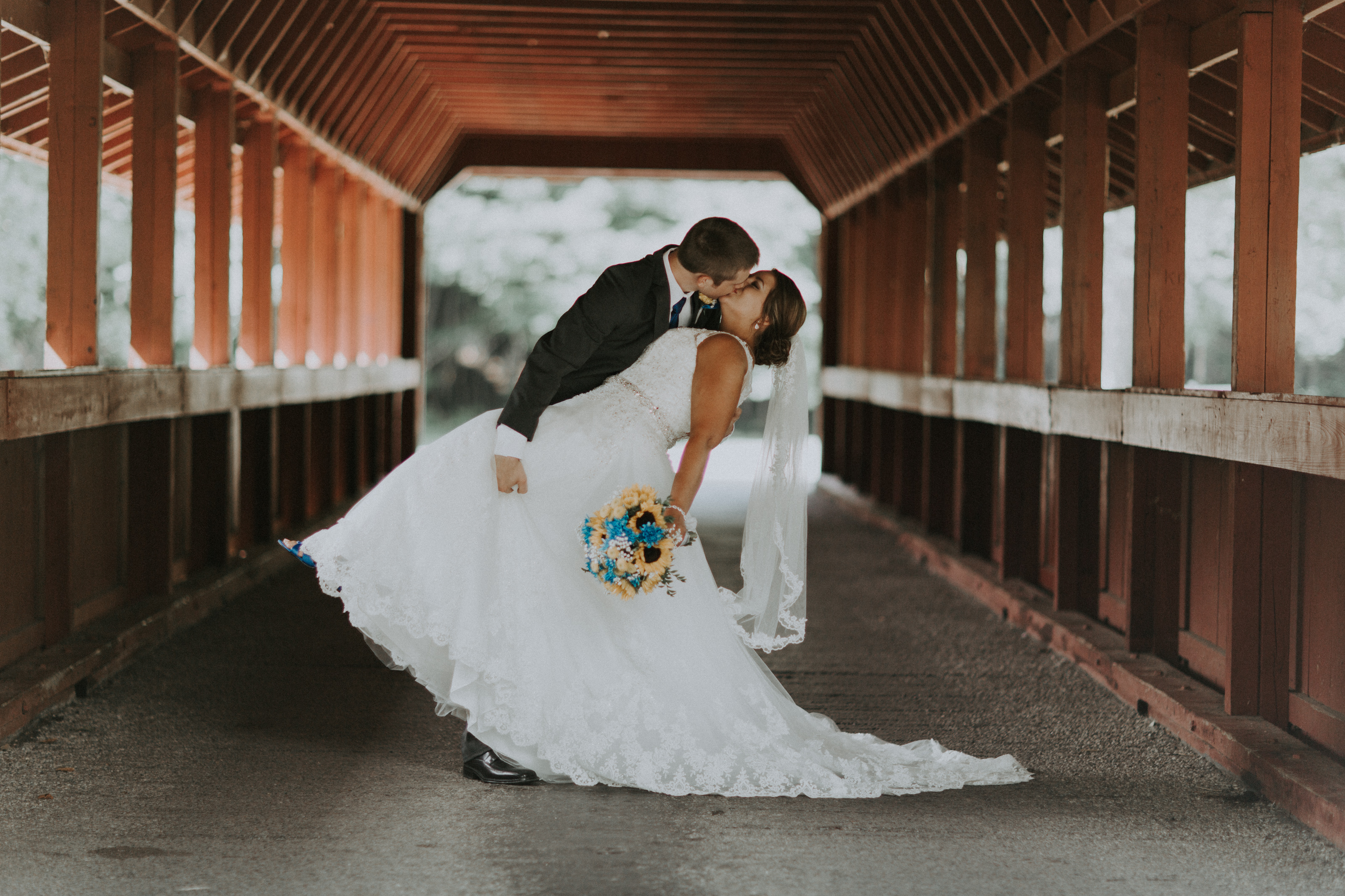 Perfect wedding dress shops in cleveland ohio inspiration for Wedding dress shops in ohio
